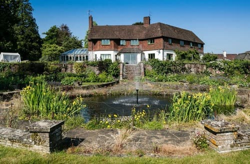 Dog Friendly Cottages - Tor Hatch Estate