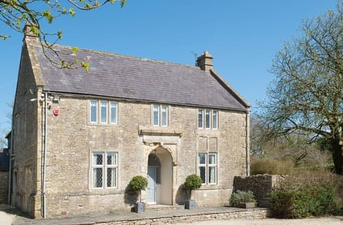 Last Minute Cottages - Manor Court