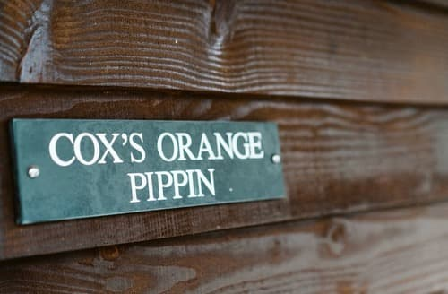 Last Minute Cottages - Cox's Orange Pippin