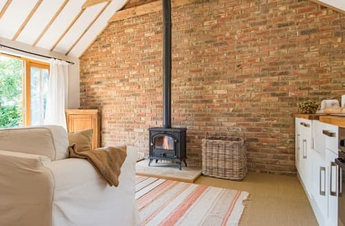 Last Minute Cottages - Dormestone Paddock Cottage