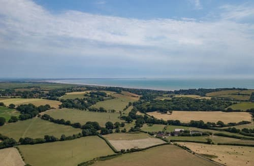 Last Minute Cottages - Captivating Pett Cottage S167641