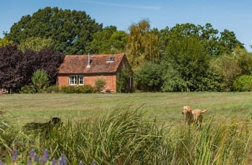 Last Minute Cottages - Wild Meadow Cottage