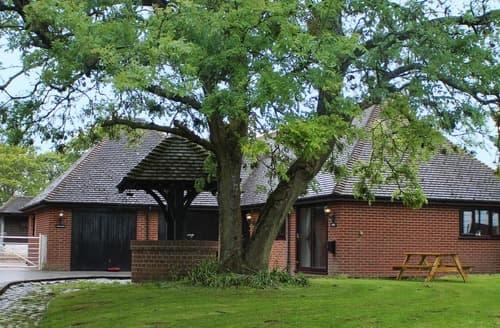 Last Minute Cottages - Fernfield Lodge