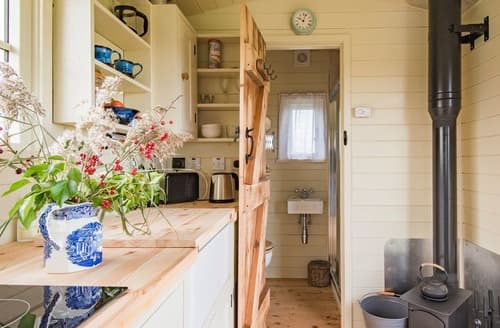 Last Minute Cottages - The Lookerer