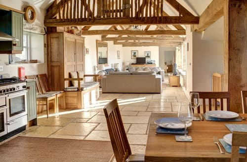 Last Minute Cottages - Huckleberry Barn