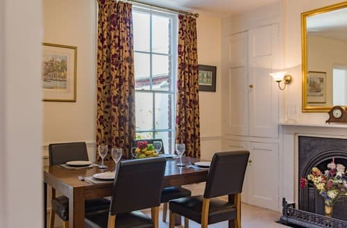 Last Minute Cottages - Beckets House
