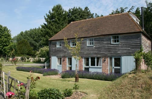 Last Minute Cottages - Great Higham Oast and Cottages