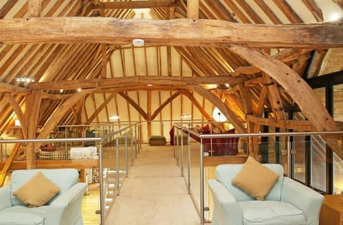 Last Minute Cottages - Great Higham Barn and Oast