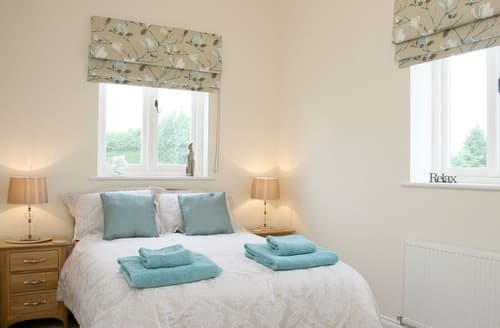 Last Minute Cottages - House Martin