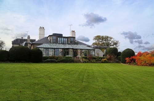 Last Minute Cottages - Glen Hill House