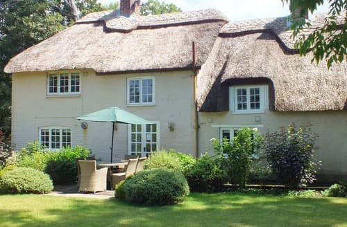 Last Minute Cottages - River Cottage at Athelhampton