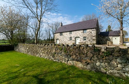 Last Minute Cottages - Bwthyn Penarth Fawr