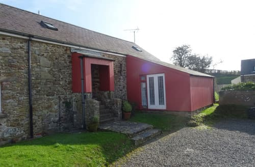 Last Minute Cottages - Bwthyn y Binwydden (Pine)