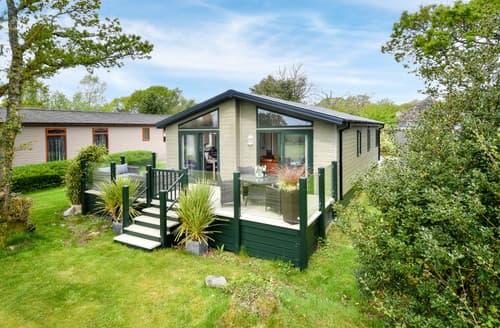 Last Minute Cottages - Cosy Pwllheli Lodge S167910