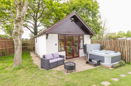 Last Minute Cottages - Captivating Wimborne Cottage S167918