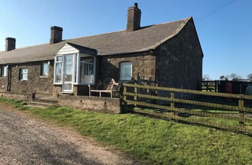 Last Minute Cottages - Burn Bank Cottage