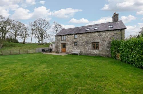 Last Minute Cottages - Stabal Llandegla