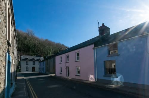 Big Cottages - Cei Gwaun