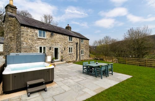 Last Minute Cottages - Ty Isa