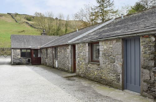 Last Minute Cottages - Yew Tree Farm