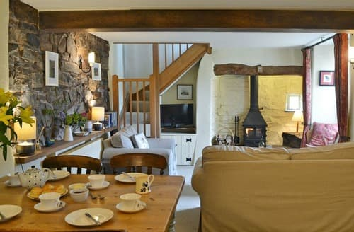 Last Minute Cottages - Old Dairy Cottage