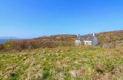 Last Minute Cottages - Half of 17