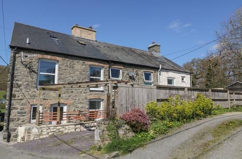 Last Minute Cottages - Stunning Machynlleth Cottage S168299