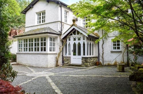 Last Minute Cottages - Cosy Windermere Cottage S168351