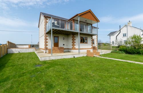 Big Cottages - Ger y Bont