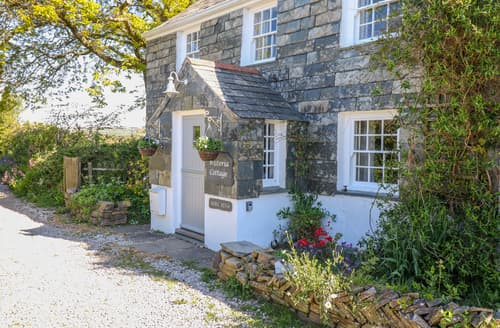 Last Minute Cottages - Wisteria Cottage