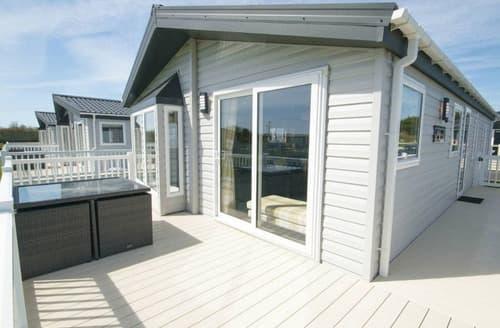 Last Minute Cottages - Platinum Lodge 3