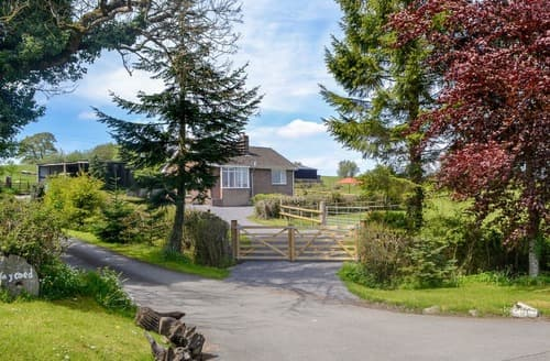 Last Minute Cottages - Cosy Llanafan Fawr Cottage S168524