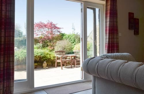 Last Minute Cottages - Steadings