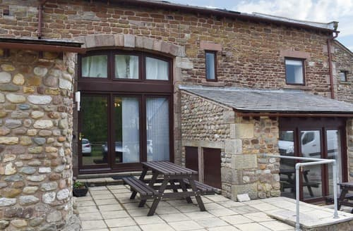 Last Minute Cottages - The Oyster Catcher - UK11546