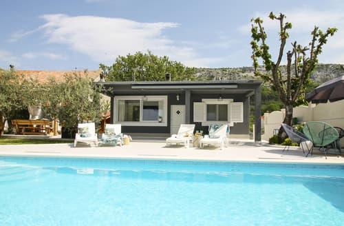 Last Minute Cottages - Villa Turan