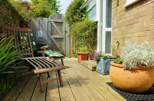 Dog Friendly Cottages - Excellent Kingston Apartment S168851