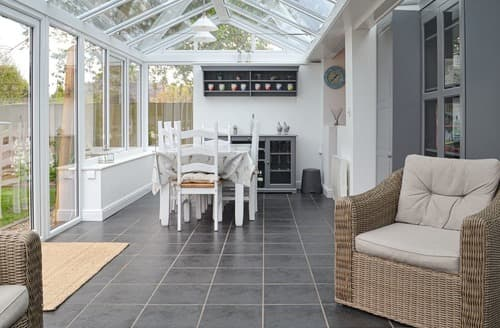 Dog Friendly Cottages - Sleepy Willow