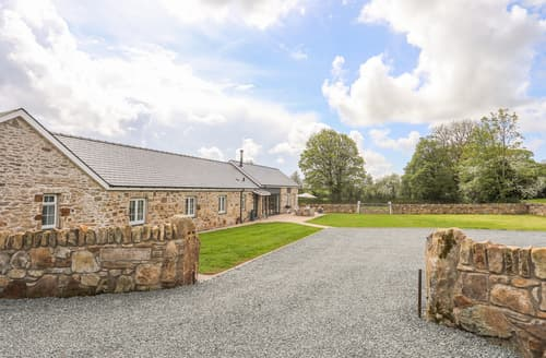Big Cottages - Carrog Barn