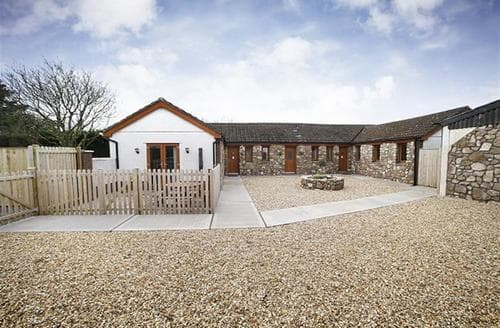 Last Minute Cottages - Superb Three Crosses Cottage S102754