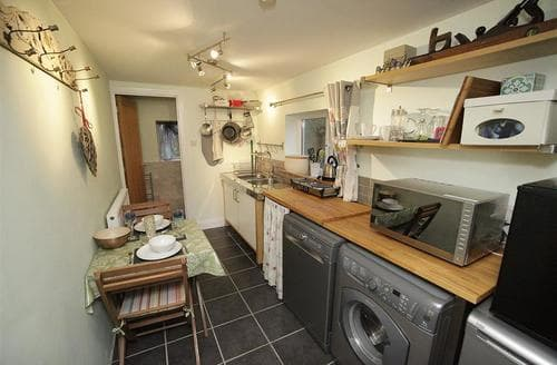 Last Minute Cottages - Charming Three Crosses Cottage S102767