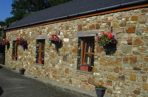 Last Minute Cottages - Tasteful North Gower Cottage S102677