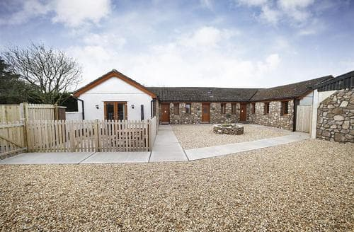 Last Minute Cottages - Gorgeous Three Crosses Cottage S102714