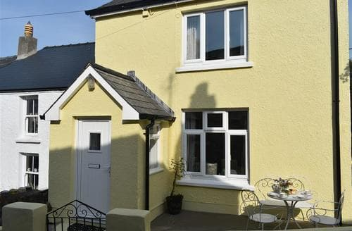 Last Minute Cottages - Tower Hill Cottage