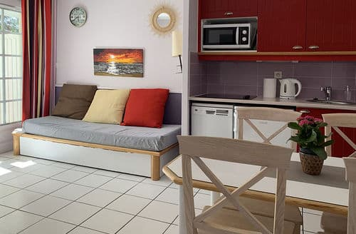 Last Minute Cottages - Appartement entre Golf et Océan