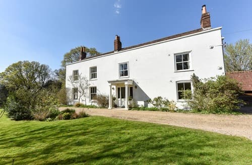 Last Minute Cottages - Dashwood House