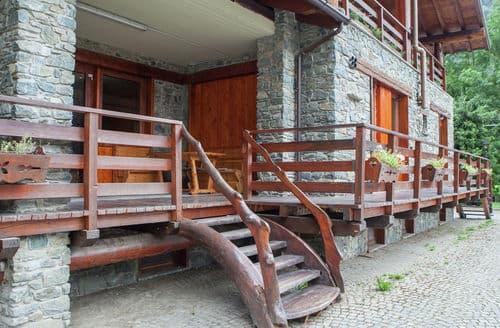 Last Minute Cottages - Chalet Antey Grande Diciotto