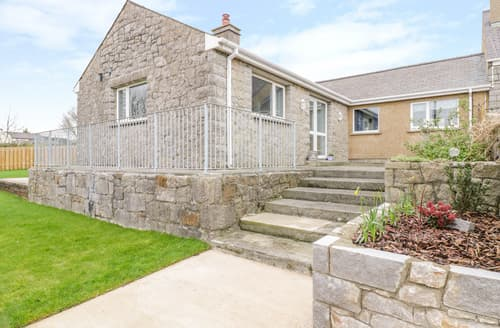 Last Minute Cottages - Pen Y Bryn