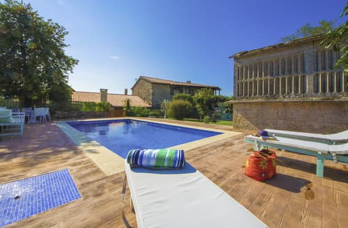 Last Minute Cottages - Villa Pelayo