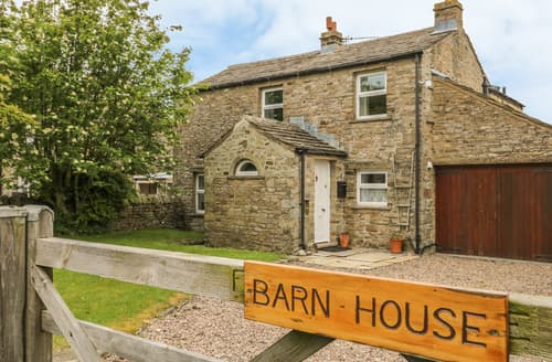 Last Minute Cottages - Barn House