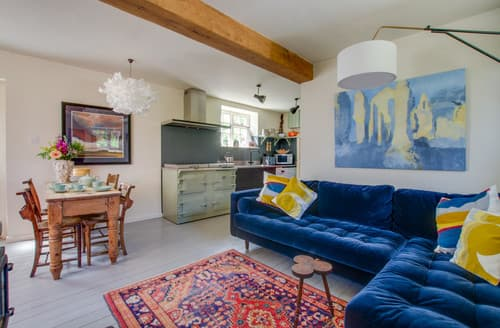 Last Minute Cottages - The Meeting House